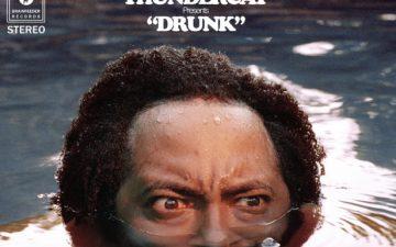 Thundercatの新譜「Drunk」を聞いているとニヤニヤが止まらない理由。面白いリリックを解説