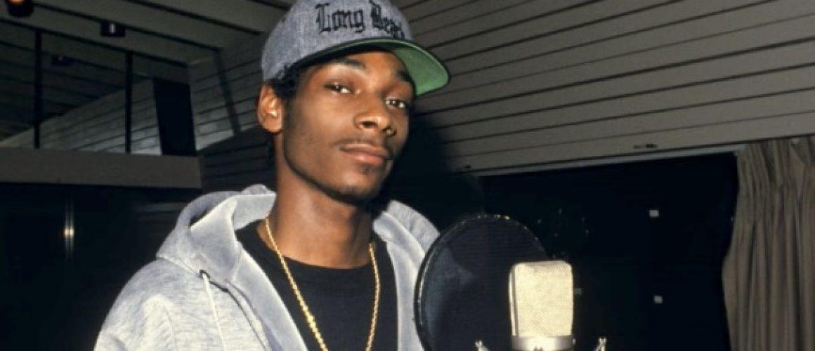 Snoop DoggとDr. Dreが出会ったときのことを語る。エピソードの解説も補足
