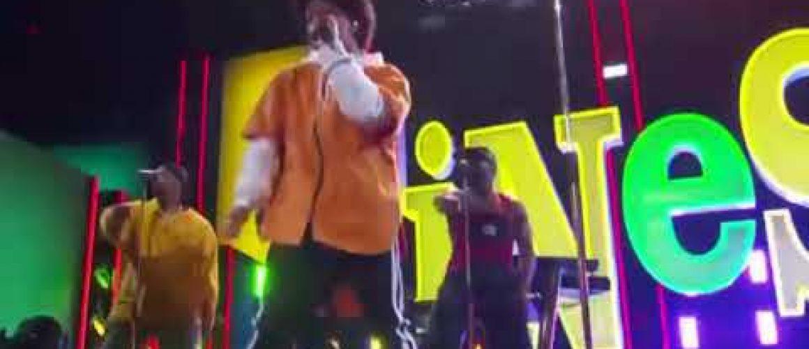 【グラミー】Bruno MarsとCardi Bの「Finesse」パフォーマンス動画。90sを感じさせるIn Living  Colorトリビュート